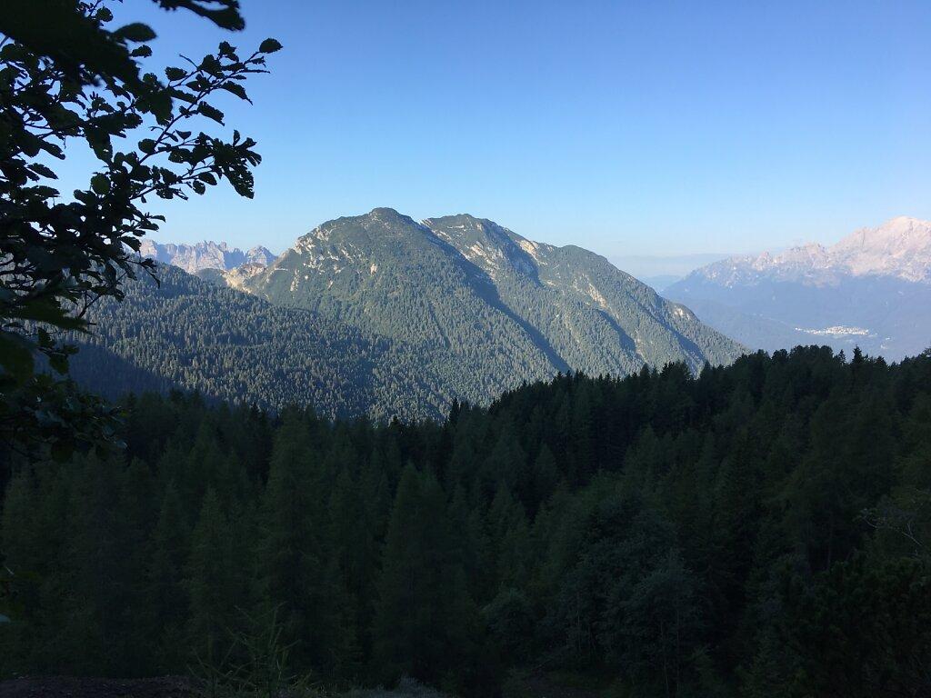 17.08.2018 Die Berge werden grüner