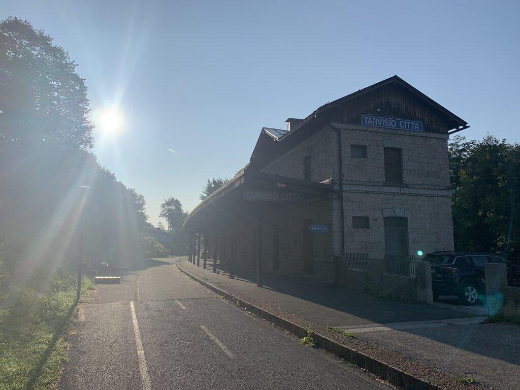 21.08.2021 Der alte Bahnhof von Tarvisio