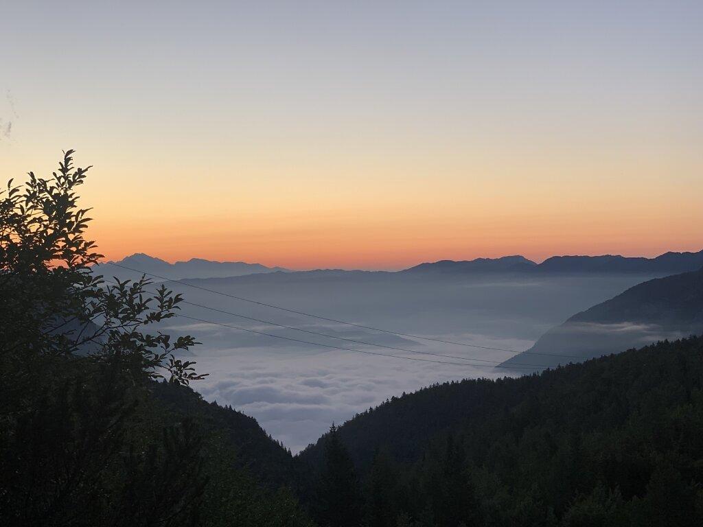 26.08.2021 Morgendliche Stille über dem Nebel