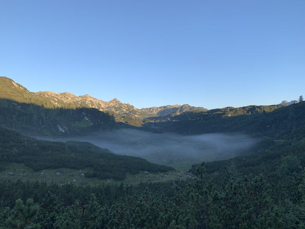 26.08.2021 Letzte Nebelfelder in der Senke