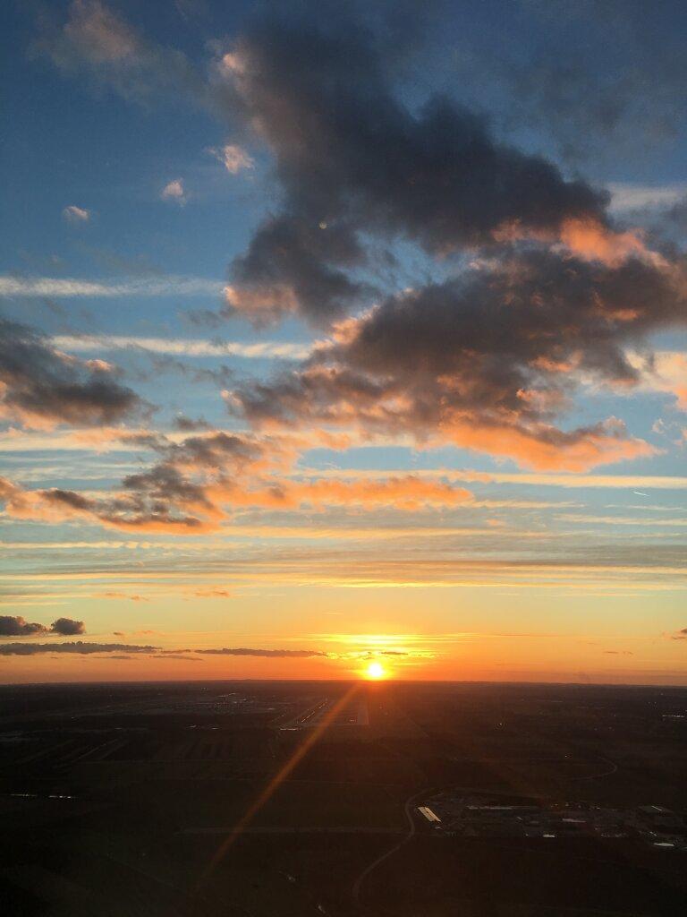 10.03.2017 Luxemburg - München   Sonnenuntergang beim Anflug